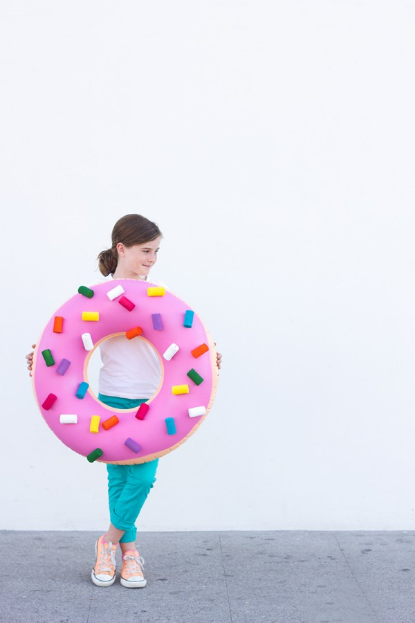 thrift-store-halloween-costumes-donut