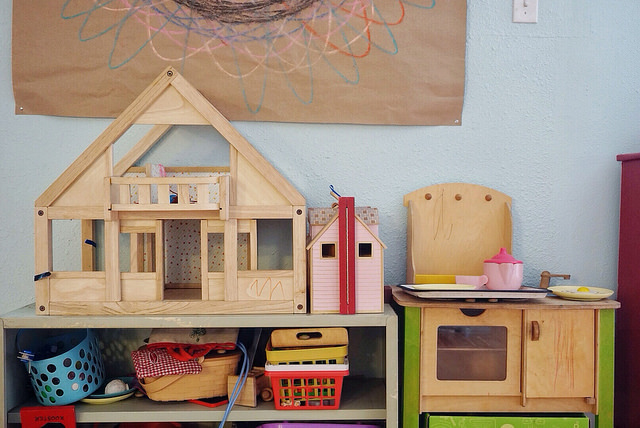 dollhouse-gifts-for-kids