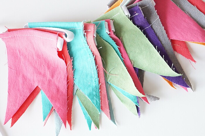 recycled-denim-crafts-garland