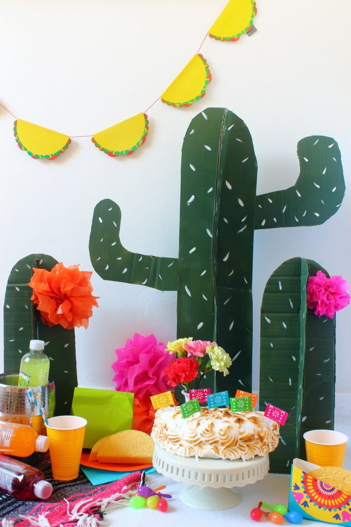 cardboard-cactus-cinco-de-mayo-party-ideas